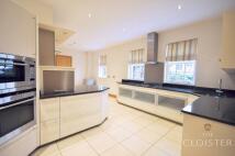 6 bedroom Flat in Marlborough Place...