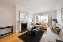 3 bedroom Flat in Eaton Square, Belgravia...