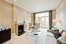 2 bedroom Flat in Eaton Square, Belgravia...