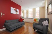 2 bedroom Flat in Ebury Bridge Road...