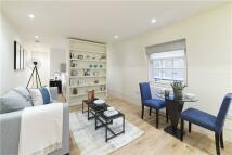 Flat to rent in Ebury Street, Belgravia...