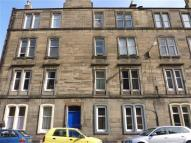 3 bedroom Flat in Jameson Place, Leith...