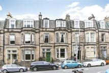 2 bedroom Flat in Rosebery Crescent...