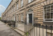 Flat for sale in Cumberland Street...