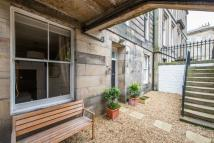 2 bed Flat for sale in Lansdowne Crescent...
