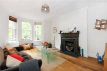 3 bedroom Flat to rent in Castellain Mansions...