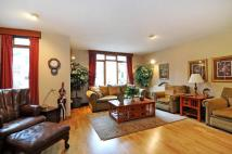 4 bed Terraced home to rent in Castellain Road...
