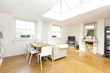 Flat to rent in Elgin Avenue, Maida Vale...