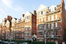 2 bedroom Flat to rent in Lanark Mansions...