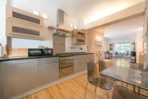 Clifton Court Flat to rent