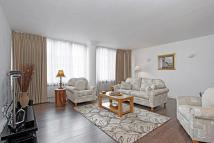 2 bedroom Apartment in St James's Square St...