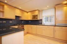 1 bedroom Flat in Avery Row, Mayfair...