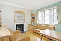 1 bed Flat to rent in Green Street, London