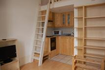 Apartment to rent in Claverton Street...