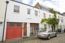 2 bedroom Mews in Eccleston Square Mews...