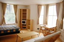 Flat in Belgrave Road, London
