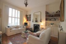 Flat to rent in Gloucester Street, London