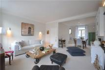 2 bed Flat to rent in Cambridge Street...