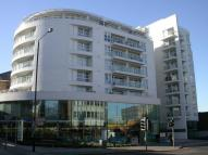 1 bedroom Flat in Swish, 73-75...