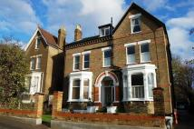 Flat in Darlaston Road Wimbledon...