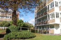 Flat to rent in Chalford Court 45-47...