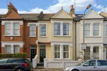 3 bedroom Town House in Farlow Road Putney SW15
