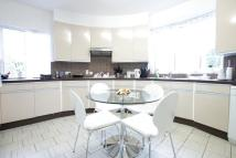 Flat to rent in Kersfield Road SW15