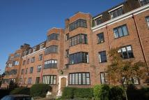 Flat to rent in Manor Fields SW15