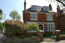 Flat to rent in Hazlewell Road, Putney...