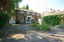 4 bed Detached property in Ham Common, Ham, Surrey...