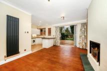 5 bed semi detached home to rent in Park House Gardens...