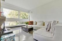 2 bed Flat for sale in Langham House Close...