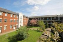 1 bed Flat to rent in Birchett Road, Aldershot...