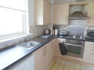 Flat in Westwood Hill...