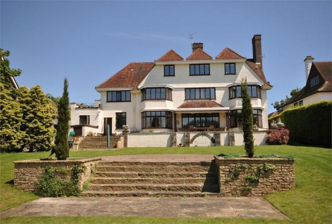 6 bedroom detached house for sale in second avenue frinton on sea essex co13