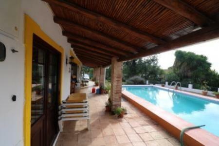 Image 2, 5 Bedroomed Villa : JV1753