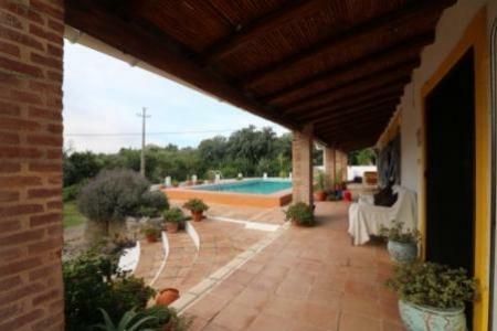 Image 3, 5 Bedroomed Villa : JV1753
