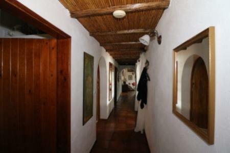 Image 9, 5 Bedroomed Villa : JV1753