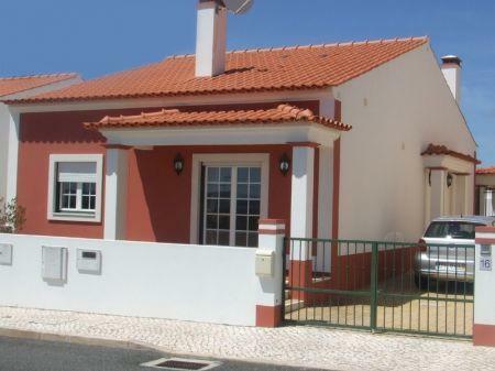 Image 1, 3 Bedroomed Villa : AV1018