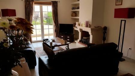 Image 8, 3 Bedroomed Villa : AV1018