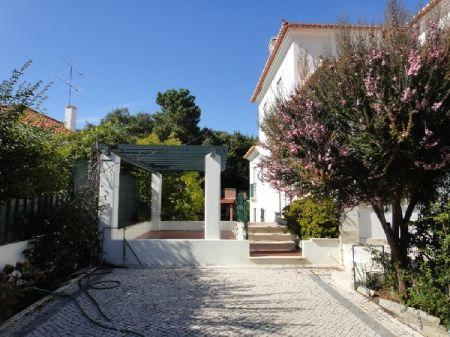 Image 2, 7 Bedroomed Villa : AV864