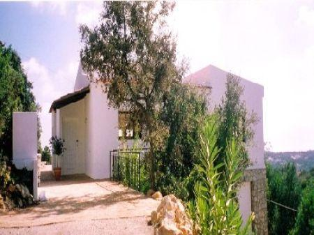 Image 2, 4 Bedroomed House : LV3763