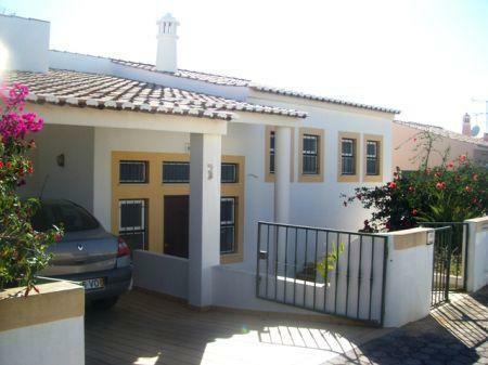 Image 1, 3 Bedroomed Villa : GV070