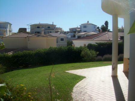 Image 2, 3 Bedroomed Villa : GV070