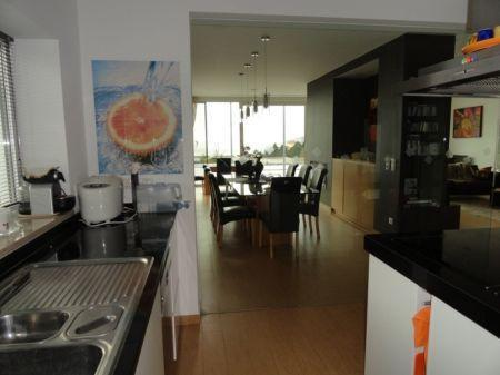 Image 9, 4 Bedroomed Villa : AV1061