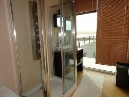 Image 23, 4 Bedroomed Villa : AV1061