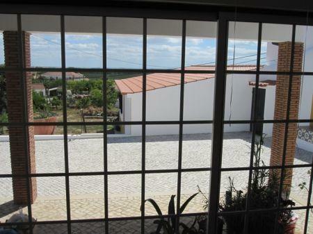 Image 2, 2 Bedroomed Villa : AV1099