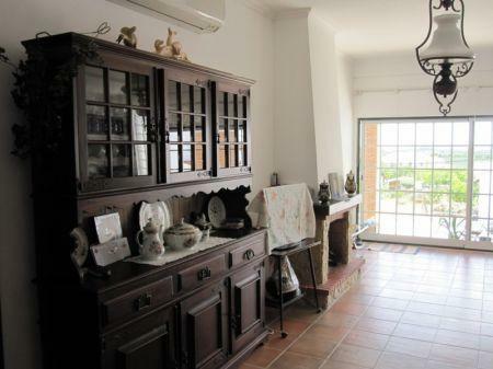 Image 5, 2 Bedroomed Villa : AV1099