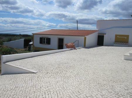 Image 7, 2 Bedroomed Villa : AV1099