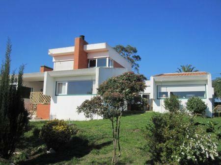 Image 1, 4 Bedroomed Villa : AV1127